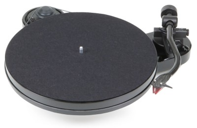 Project RPM1 Carbon Turntable